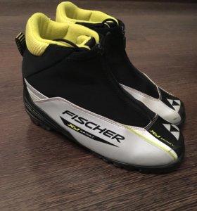 Лыжные ботинки Fischer р.37