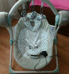 Электронные качели с рождения