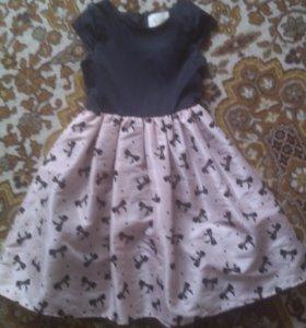 Платье с чёрным верхом и розовым низом
