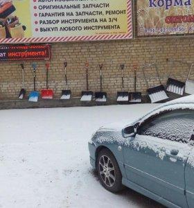 Лопаты,скребки снега