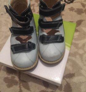 Обувь , сандалии ортопедические Ортек