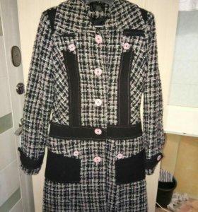 Стильное пальто (розовое)