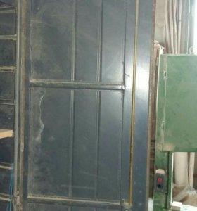 Металический шкаф под инструмент