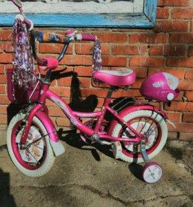 Велосипед для девочки. Не выгоревший.