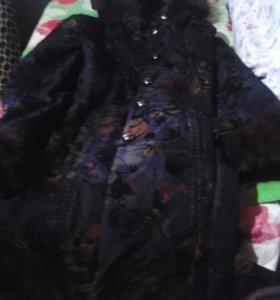 Демисезонная удлинёная курточка