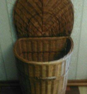 Плетеная корзина для грязного белья