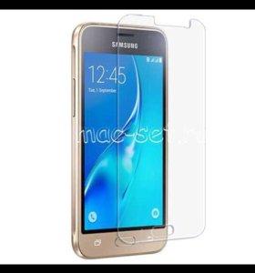 Стекло на телефон Samsung J120