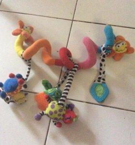 Подвеска для малыша в коляску