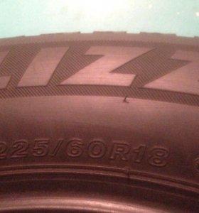 Bridgestone Blizzak Spike 01 225-60-18 104T