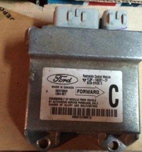 Блок управления AIR BAG Mazda, Ford Maverick