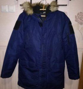 Продам зимнюю куртку Аляску
