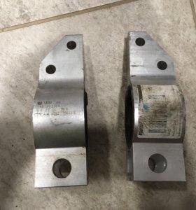 Сайленблок переднего рычага 1K0199231N, 1K0199232N