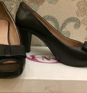 Туфли женские 38 размера, натуральная кожа