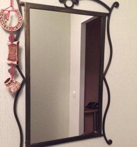 Зеркало в кованной оправе