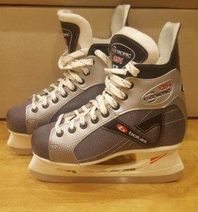 Коньки хоккейные размер - 41