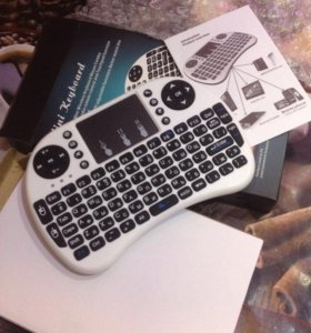 Блютуз клавиатура с тачпадом Rіі mіnі і8