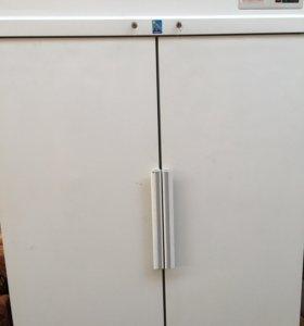 Холодильник кубовый