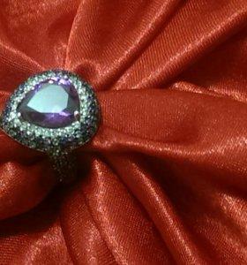 Серебрянное кольцо с европы
