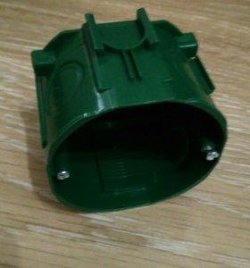 Коробка монтажная 71 мм