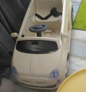 Машина на аккумуляторе.