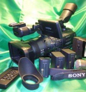 Видеокамера Sony FX1