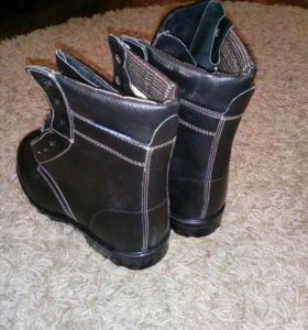 Новые рабочие ботинки 45 размер