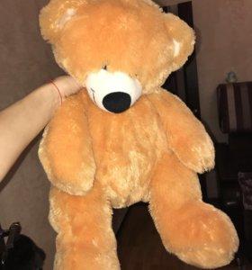 Новый большой медведь