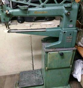 Швейная машинка Минерва