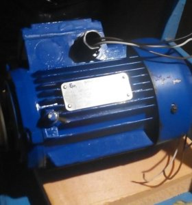 Электродвигатель 220/380v, 0.75kw,1350r/min.