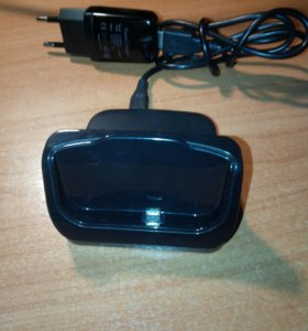 Док-станция смартфона HTC ONE M8