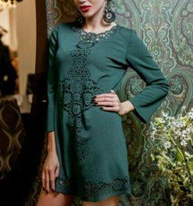 Платье-туника с перфорацией