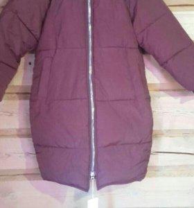 продаю женскую куртку новую
