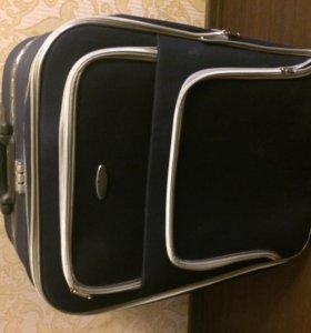 Чемодан на колесиках, дорожная сумка