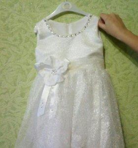Детское праздничное платье на 3-4 года