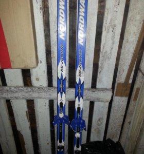 Продам детские лыжи