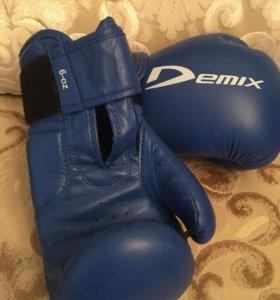 Перчатки для бокса новые