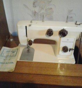 Швейная маш. ЧАЙКА 142М