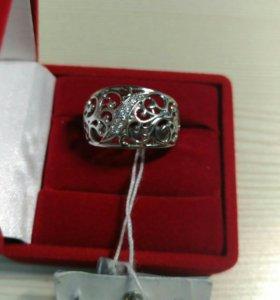 Новое золотое кольцо с биркой брилл