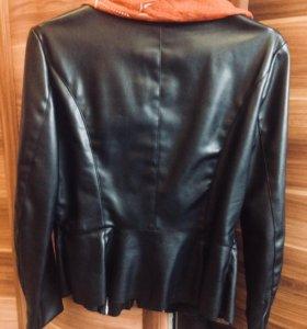 Продаю куртку