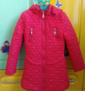 Куртка на 5-6 лет