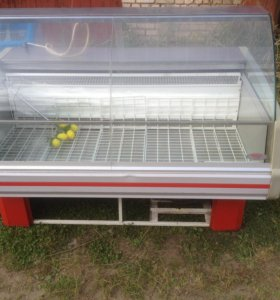 витрина-холодильник и морозильный ларь