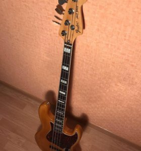 Fender jazz bass Japan 75 reissue