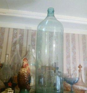 Древняя бутыль 30 литров.