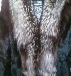 Шуба из козлика с натуральным мехом