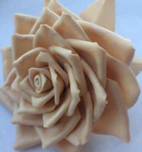 Резинка для волос заколка роза
