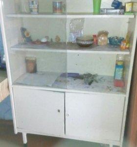 Шкаф для посуды или книг