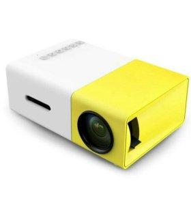 Мини проектор LED YG300