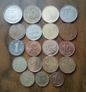 иностранные монеты. набор