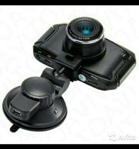 Новый видеорегистратор SuperHD Dexp G90