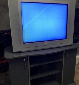 Телевизор PHILIPS 100 герц.